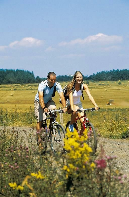 And why not a bike ride on our tourist roads. Many biking trails and cycling routes (...)